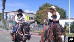 旧金山湾区大城市奥克兰的黑人牛仔游行
