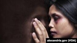 Data pengaduan Komnas Perempuan dari 2011 hingga Juni 2013 menunjukkan bahwa 60 persen korban kekerasan dalam rumah tangga mengalami kriminalisasi.