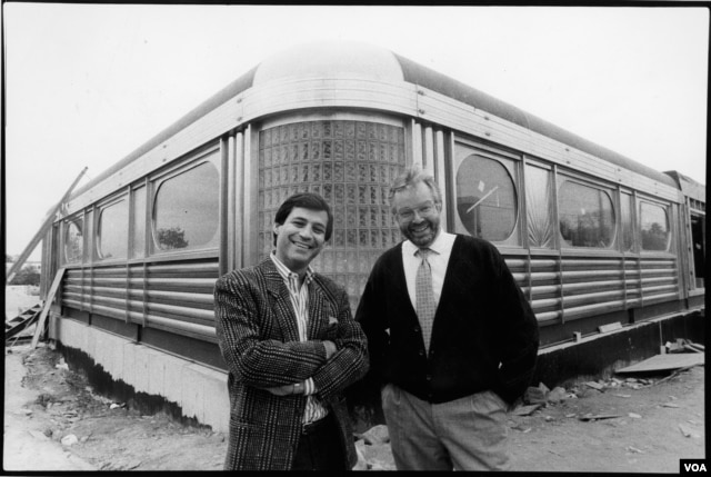 Founders Chef Ype Von Hengst (right and Robert Giaimo during construction of the first Silver Diner in 1989. (Courtesy of Silver Diner)