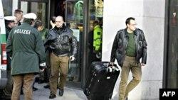 Almanya'da Terör Alarmından Sonra Güvenlik Önlemleri Arttırılıyor