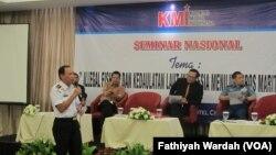 Diskusi Tentang Illegal Fishing dan Kemaritiman Indonesia di Hotel Atlet Century Park, Jakarta Rabu, 23 Maret 2017 (foto: VOA/F. Wardah)