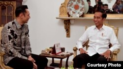 Agus Harimurti Yudhoyono (AHY) saat bertemu Presiden Joko Widodo di Istana Negara, Jakarta Kamis (2/5) (Foto: Biro Pers Setpres RI).