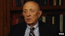 جیمز ولسی، مدیر پیشین سازمان سیا در دوران ریاست جمهوری بیل کلینتون