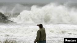 Toute la côte Est des Etats-Unis, en état de siège dans l'attente de l'ouragan Sandy