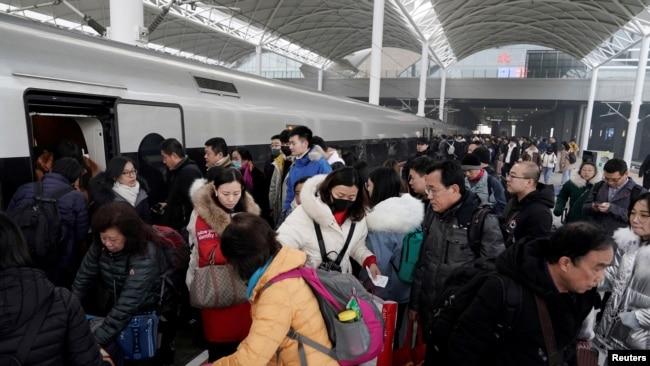 武汉新增病例17例 英国一研究机构估计新型病毒或已感染一千多人