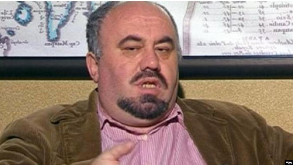 Policia arreston gazetarin Kastriot Myftaraj