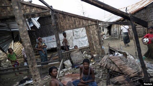 ការចាកចេញដ៏ច្រើនប្រចាំឆ្នាំនៃក្រុមជន Rohingya ប្រទេសមីយ៉ាន់ម៉ាបានផ្អាក