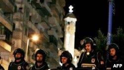 An ninh được thắt chặt trong khi giáo dân Cơ Ðốc giáo Coptic mừng Lễ Giáng Sinh