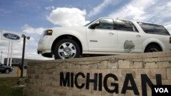 Ford proyecta un crecimiento de un 50% en ventas para 2015, incluyendo un crecimiento en el mercado hispano.