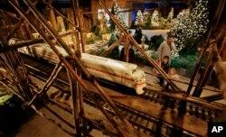 미국 연방 의회 인근 국립식물원(US Botanic Garden)의 모형 기차 전시.