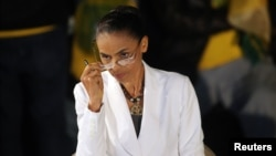 Politician Marina Silva speaks to reporters in Sao Paulo, October 5, 2014. (REUTERS/Nacho Doce)