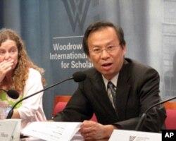 台环保署长沈世宏鼓励中国政府环保部门提升透明度