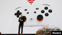 Wakil Presiden Google Phil Harrison mengumunkan layanan streaming gim video, Stadia, pada Konferensi Pengembang Gim di San Francisco, California, 19 Maret 2019.