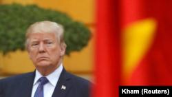 Tổng thống Mỹ Donald Trump trong chuyến thăm Việt Nam cuối năm 2017.