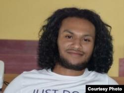 Feki Yance Wilson Mobalen, Koordinator Aliansi Masyarakat Adat Nusantara (AMAN) wilayah Sorong Raya, Papua Barat. (Foto: courtesy)