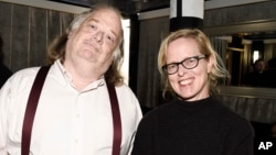 Los Angeles Times Food Editor Amy Scattergood, right, and Los Angeles Times Food Critic Jonathan Gold at the Los Angeles Times Food Bowl Chef's Fable, April 30, 2017, in Los Angeles.