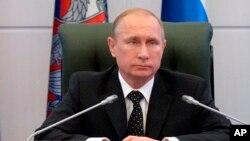 俄羅斯總統普京12月19日主持軍方高級將領會議