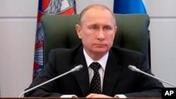Ông Putin vẫn coi thường các chế tài ngày càng tăng của phương Tây.