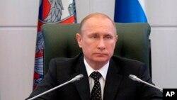 俄羅斯總統普京12月19日在莫斯科一個會議上講話。