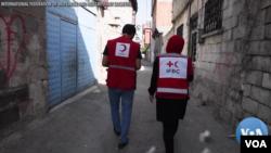 29 Haziran 2021 - Türkiye'de mültecilere yardım sağlayan Kızılay ve Kızılhaç çalışanları