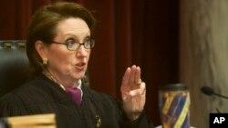 美國西維吉尼亞州的一位民主黨大法官羅賓戴維斯宣佈辭職。圖為戴維斯資料照。