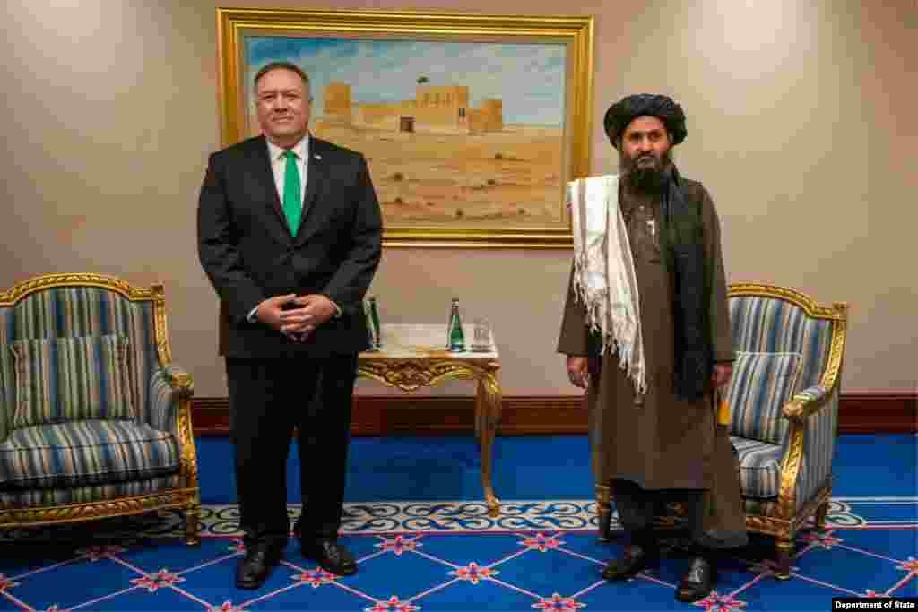 مایک پمپئو از رئیس دفتر سیاسی طالبان خواست تا «از این فرصت برای ایجاد یک توافق سیاسی و دستیابی به یک آتشبس فراگیر و دائمی» استفاده کنند.