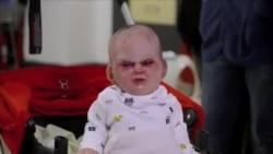 Bebé endemoniado ataca Nueva York
