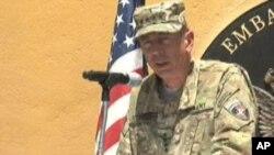 即將卸任的美國和北約駐阿富汗軍隊總指揮官彼得雷烏斯將軍(資料圖片)