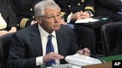 5일 척 헤이글 국방장관이 미국 의회에서 증언하고 있다.