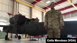 Pedro Vargas Lebron, es un piloto de la Guardia Nacional de Texas, que participa en las operaciones de búsqueda y rescate en las inundaciones causadas por el huracán Harvey.