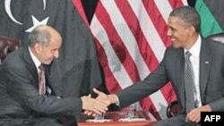 აშშ პრეზიდენტი ობამა და ლიბიის გარდამავალი საბჭოს მეთაური მუსტაფა აბდელ ჯალილი, ნიუ იორკი, 20 სექტემბერი, 2011