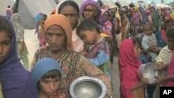 پاکستانی سیلاب زدگان