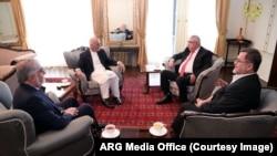 رئیس جمهور افغانستان پس از یک مدت طولانی با معاونش دیدار کرده است