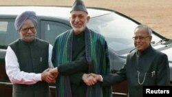 رئیس جمهور کرزی با صدراعظم و رئیس جمهور هند
