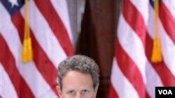 Timothy Geithner también se quejó de robo generalizado de propiedad intelectual en China.