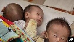 北韓嬰兒嚴重營養不良﹐急需國際援助。(資料圖片)