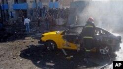 7일 이라크 바그다드 북부 키르쿠크 지역에서 폭탄 테러가 발생해 소방대가 출동했다.