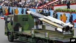 Taiwan's Hsiung Feng III missile is displayed during Taiwan's national day parade in Taipei. Taiwan rolled out its top military weaponry a move seen aimed at stirring China and boosting nationalist fervor, (File)