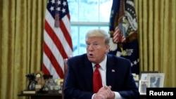TT Trump trả lời phỏng vấn của Reuters tại Phòng Bầu Dục/ Tòa Bạch Ốc ở thủ đô Washington ngày 29/4/2020.