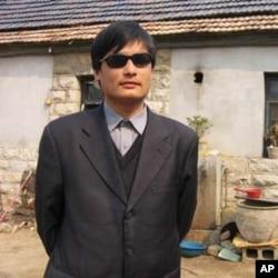 中國盲人維權人士陳光誠(資料圖片)