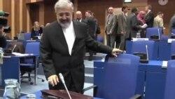 """拜登說美國警告伊朗發展核計劃並非""""靠嚇"""""""