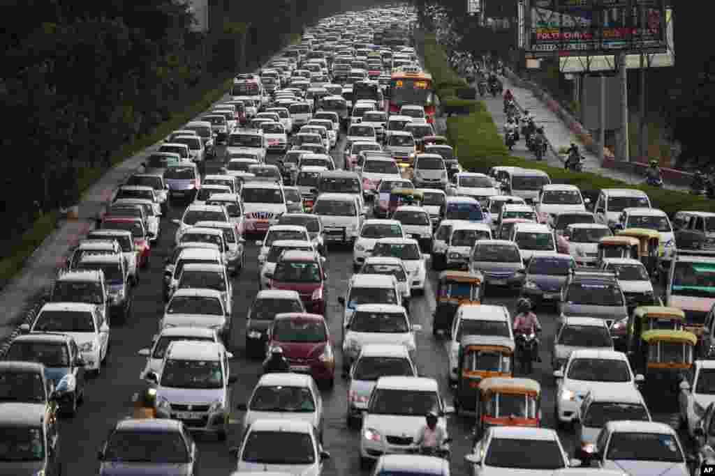 인도 뉴델리의 퇴근길 정체.