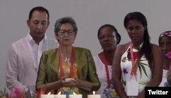 Víctimas del conflicto colombiano dieron testimonios al papa Francisco durante un encuentro de reconciliación en Villavicencio, Colombia. Sept. 8 de 2017. Foto: @papacol.