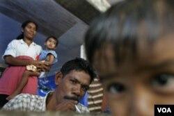 Lebih dari 43 juta anak di Indonesia itu hidup satu rumah dengan perokok (Foto: ilustrasi).