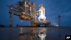 Астронаутите на Атлантис подготвени за полетување
