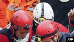 Рятувальна операція після землетрусу в Туреччині