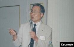 日本前防卫厅情报本部长太田文雄将军(照片本人提供)