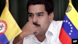 El video, que se realizó mediante el circuito cerrado del Palacio presidencial, refuerza las denuncias hechas por Paraguay, sobre la injerencia de Maduro en la 'soberanía nacional'.