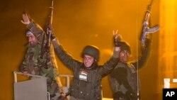 Pasukan Kurdi atau Peshmerga di Suriah utara (foto: dok).