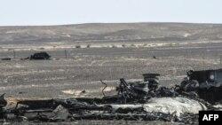 Tarkacen jirgin Rasha mai lambar tafiya A321, wanda ya fadi cikin tsaunukan Sinai na kasar Masar.